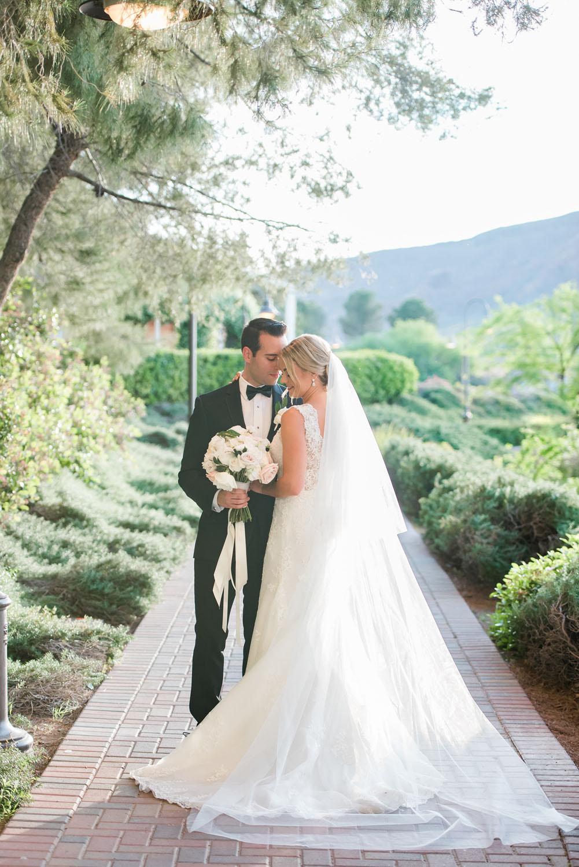 KristenMarieWeddingsPortraits-LakeLasVegasWedding-1087