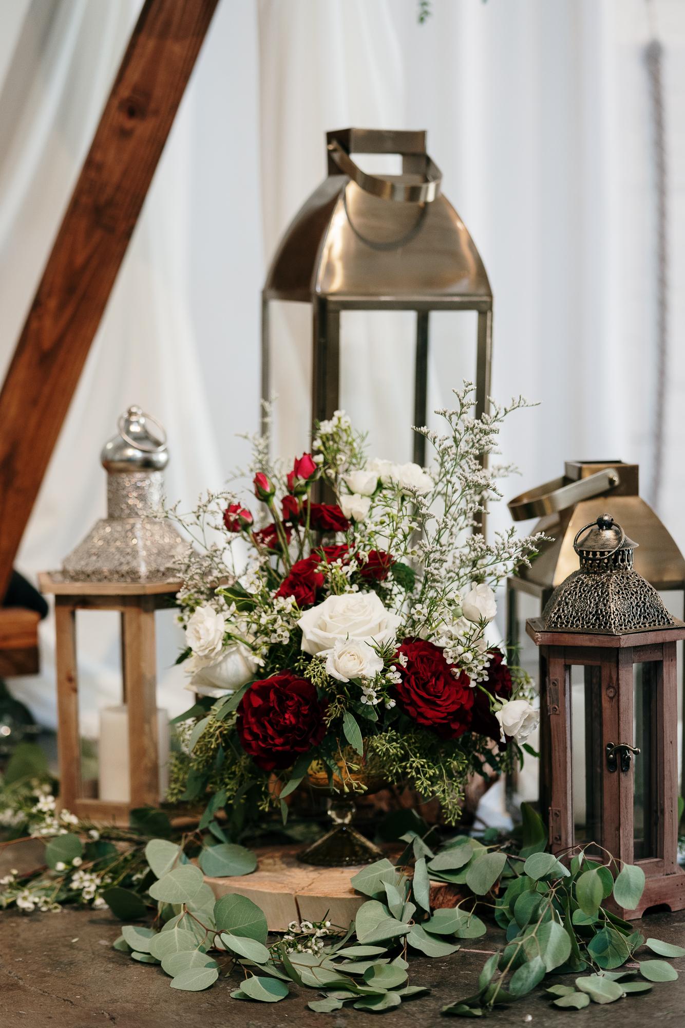 Lantern Wedding Details (1)