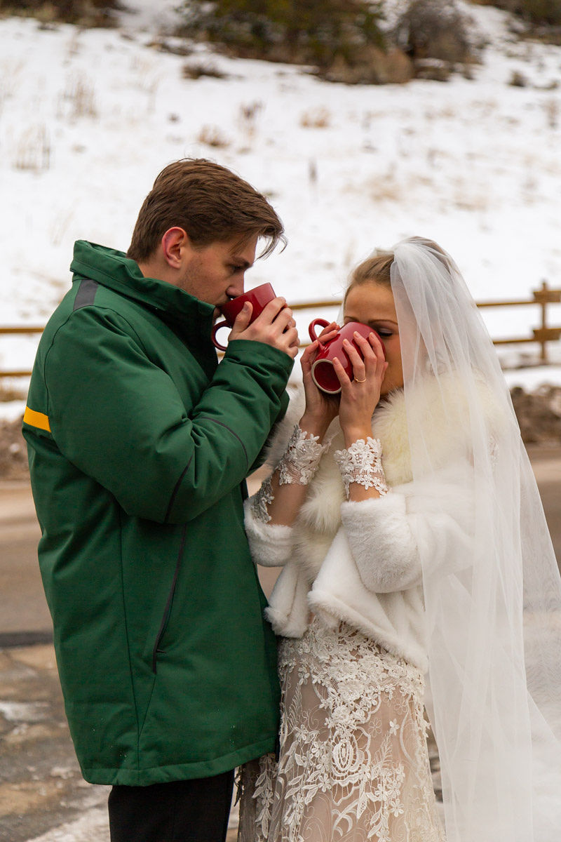 Bridal Fur Jacket Winter Snowy Wasatch Mountain Elopement Halie West Photography 1