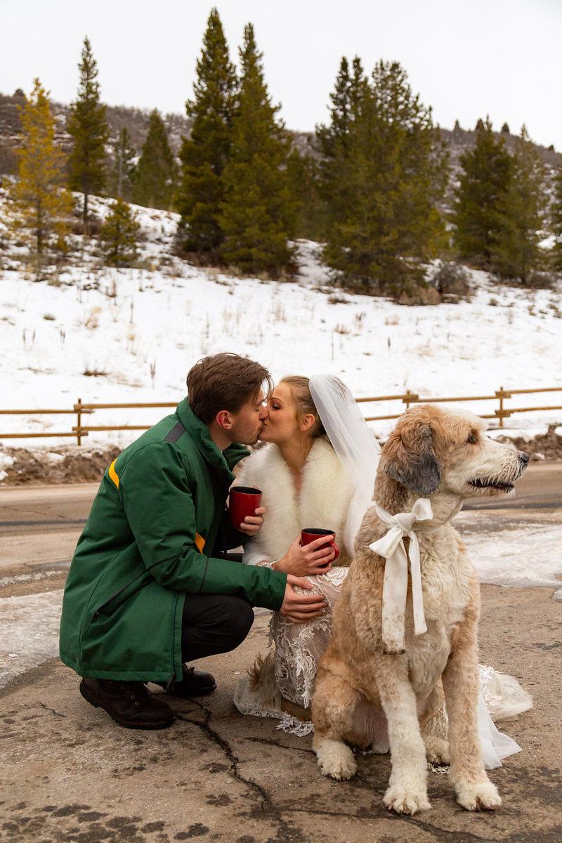 Bridal Fur Jacket Winter Snowy Wasatch Mountain Elopement Halie West Photography 3