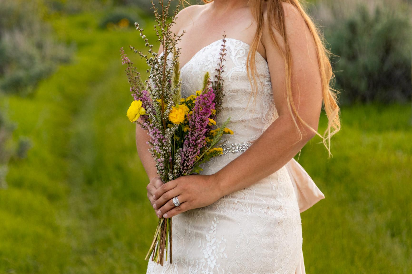 Rustic Wild Wedding Bouquet Elopement Rocky Mountains Wasatch Mountains Utah Halie West Photography 10