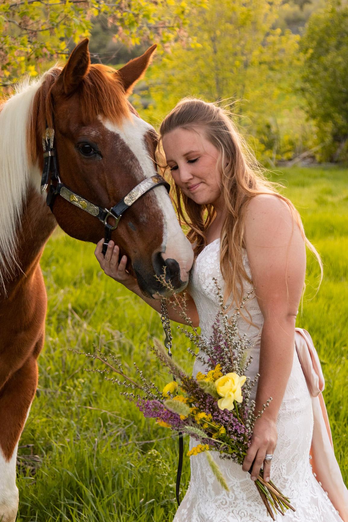 Rustic Wild Wedding Bouquet Elopement Rocky Mountains Wasatch Mountains Utah Halie West Photography 2