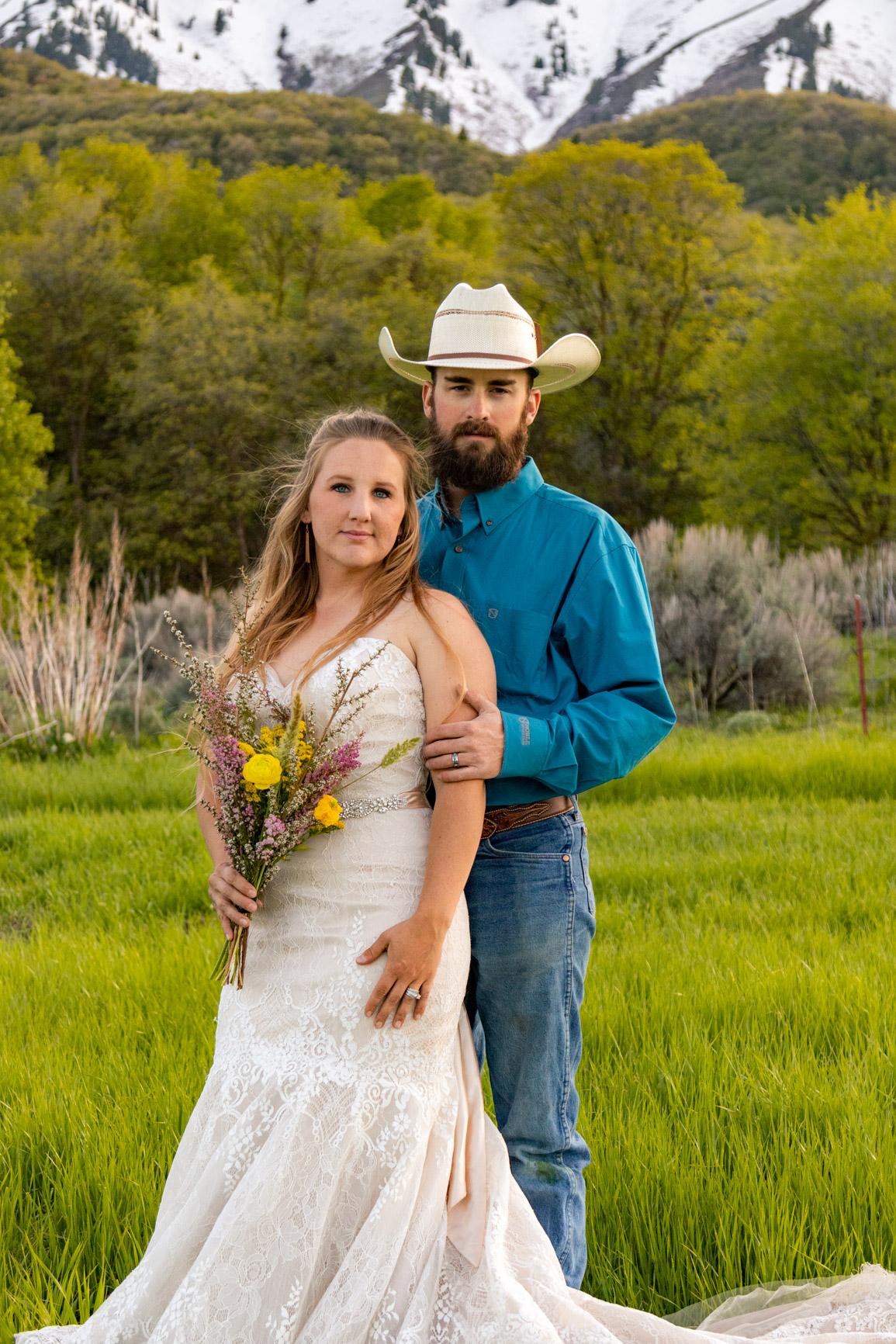 Rustic Wild Wedding Bouquet Elopement Rocky Mountains Wasatch Mountains Utah Halie West Photography 7