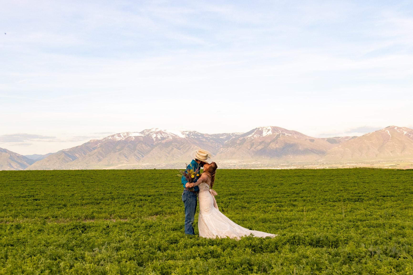 Utah Rocky Mountain Elopement Wasatch Mountains Bridal Shoot Halie West Adventure Photography 13