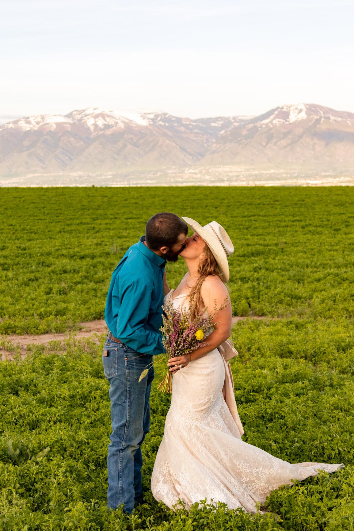 Utah Rocky Mountain Elopement Wasatch Mountains Bridal Shoot Halie West Adventure Photography 16