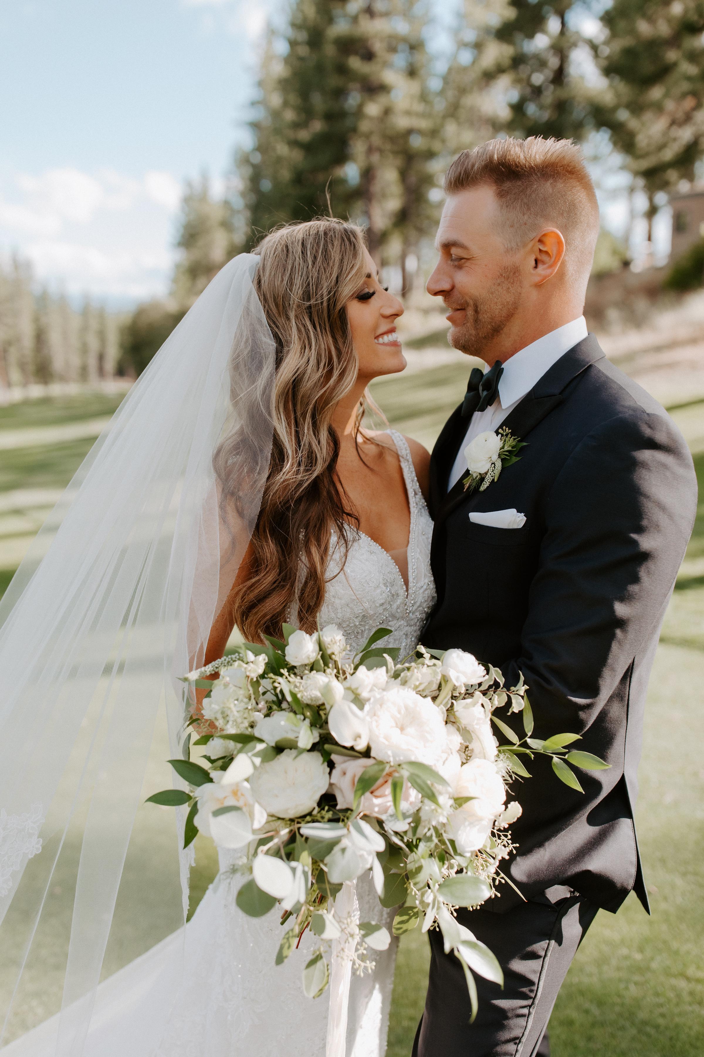 Neutral Toned Timeless Lake Tahoe Wedding Kay Kroshus14