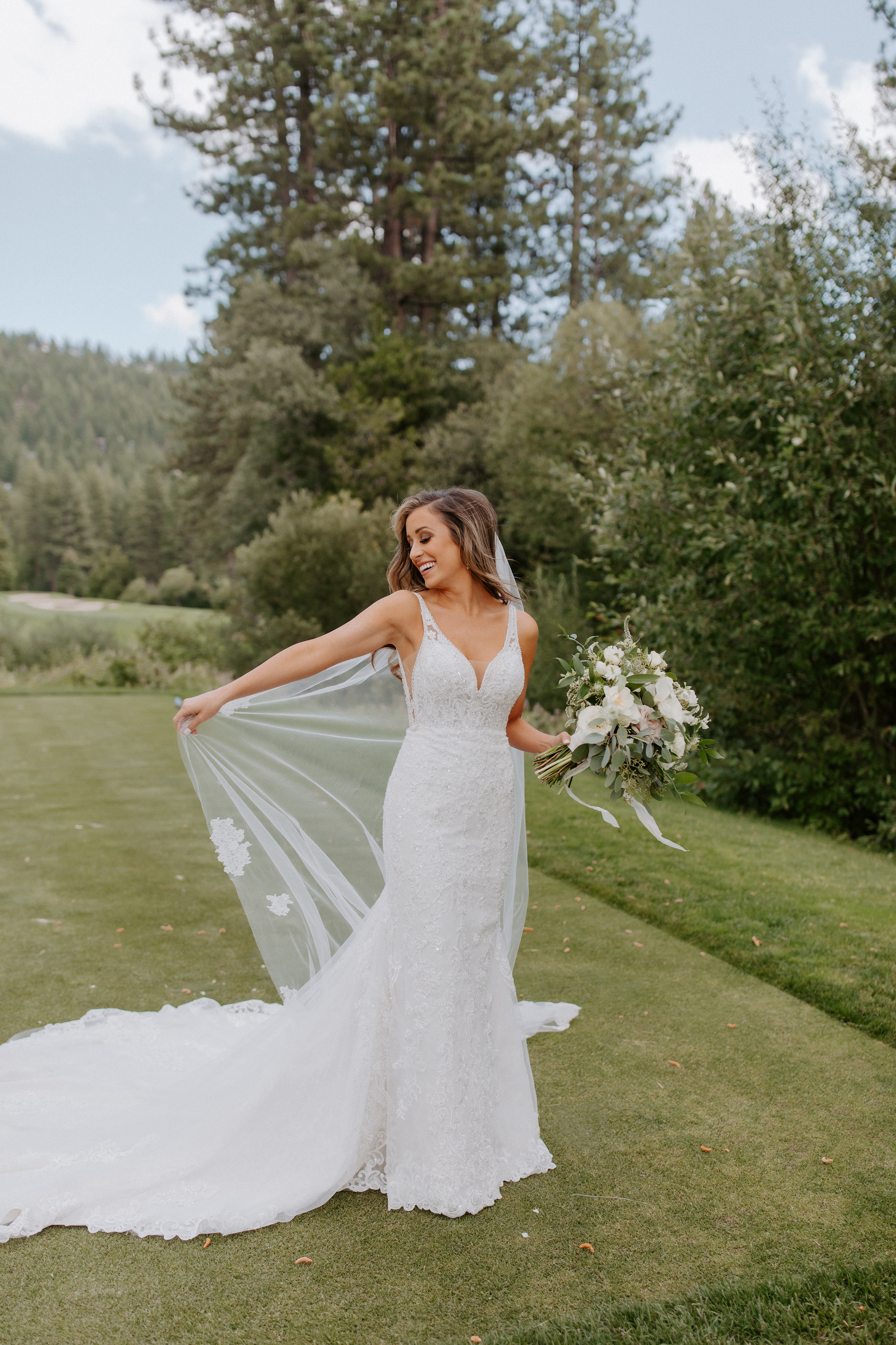 Neutral Toned Timeless Lake Tahoe Wedding Kay Kroshus27
