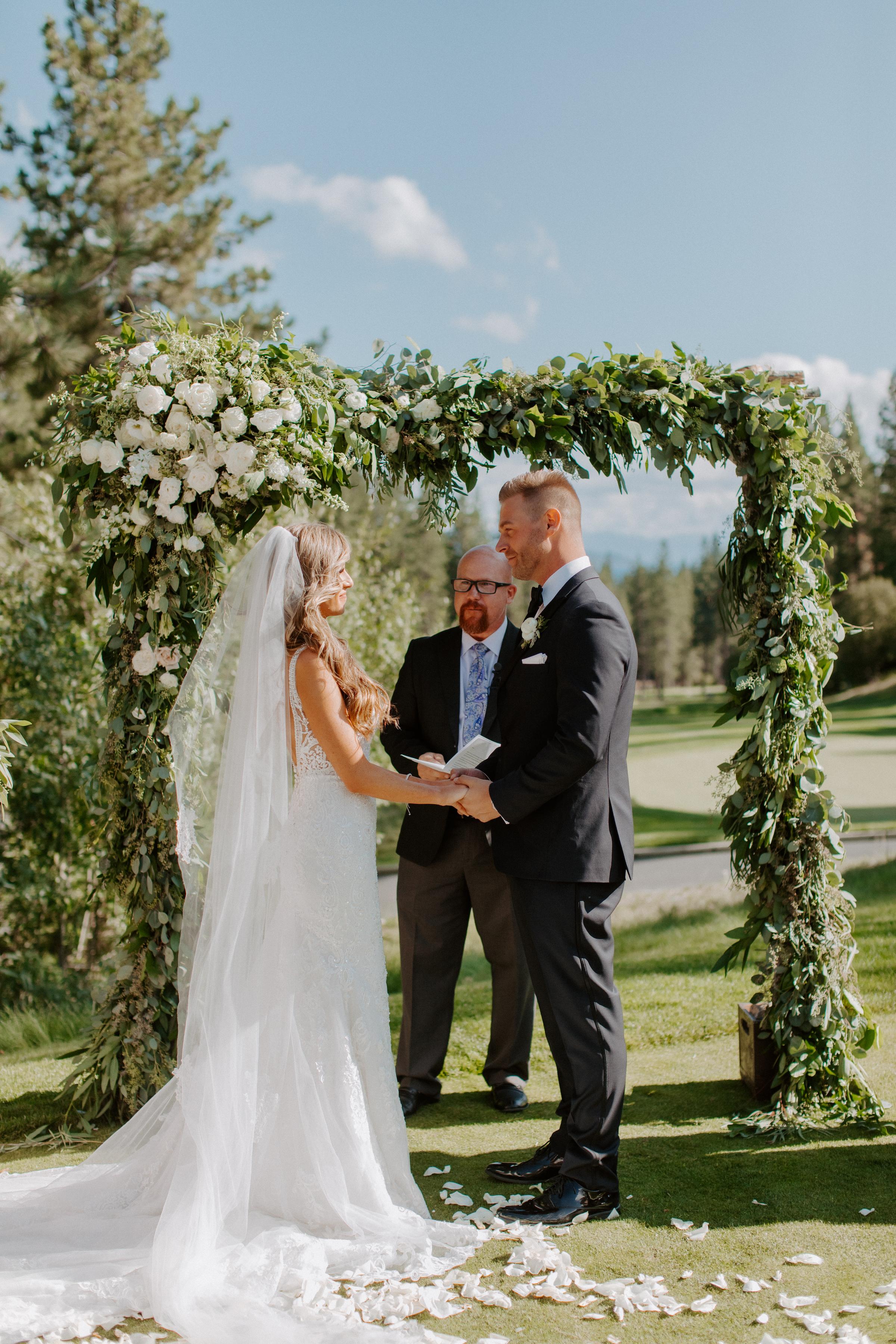 Neutral Toned Timeless Lake Tahoe Wedding Kay Kroshus6