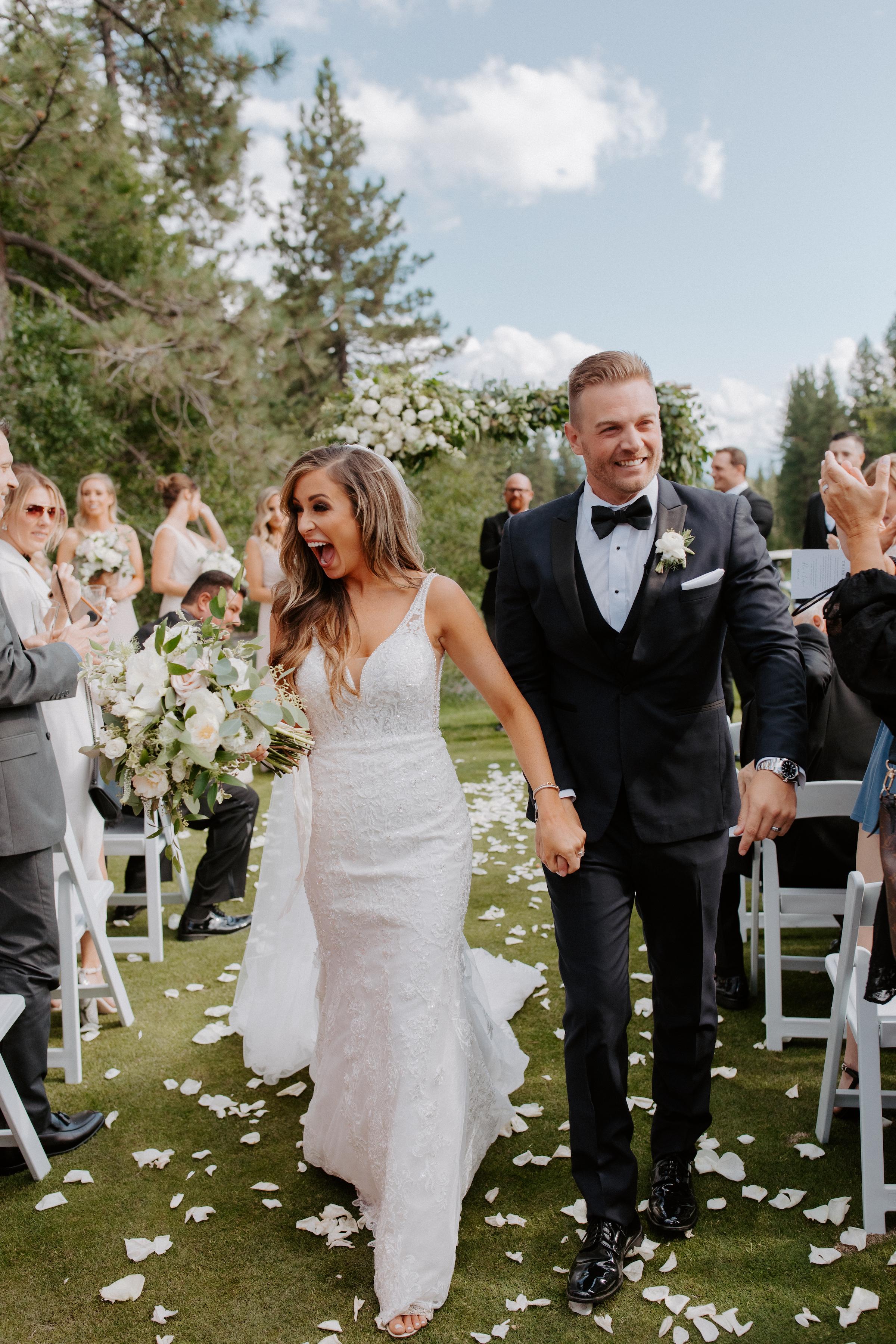 Neutral Toned Timeless Lake Tahoe Wedding Kay Kroshus9