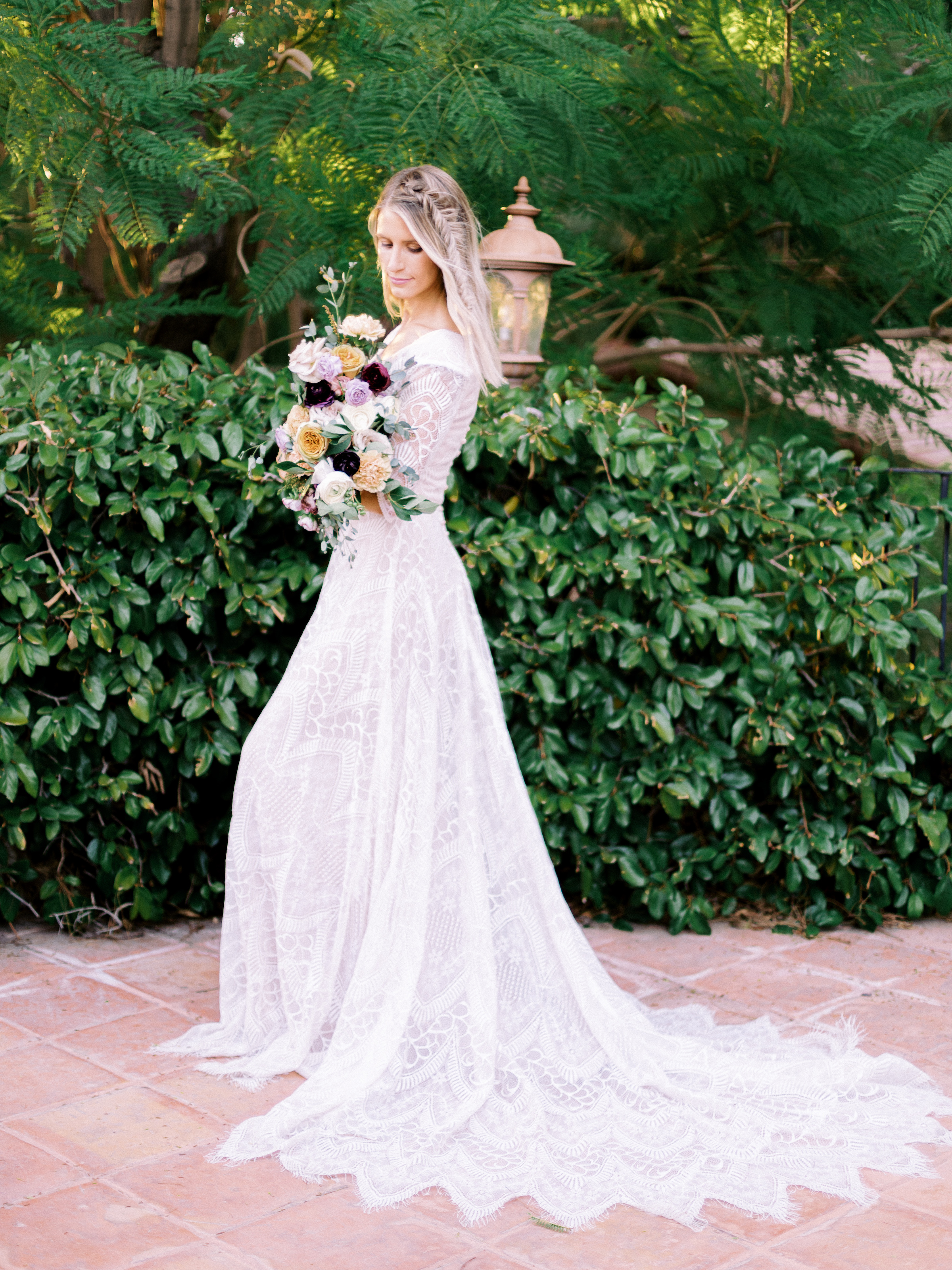 Boho Chic Wedding Dress Long Sleeve Romantic Rose Bouquet Wright House Truth And Beauty Photography