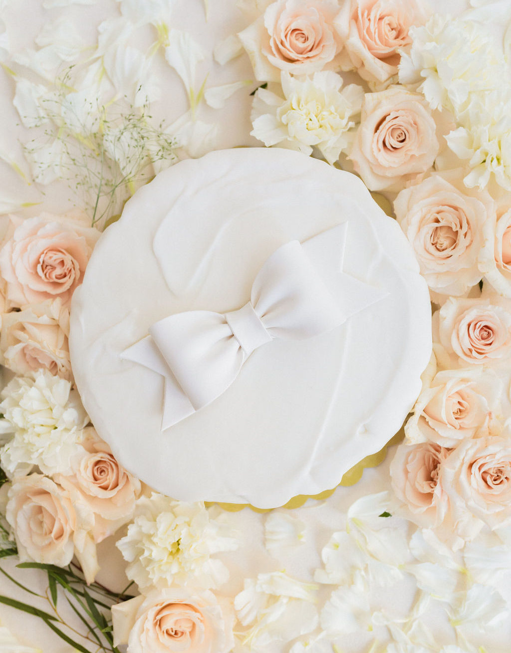 Bow Wedding Cake Blush Roses Elizabeth Burgi Photography