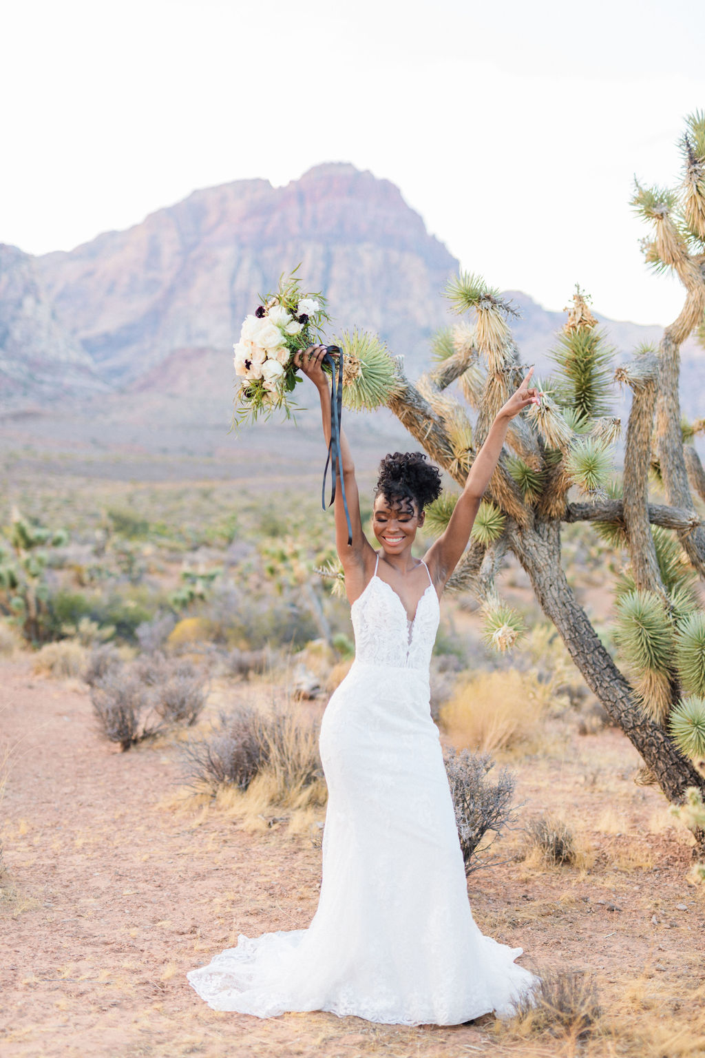 Edgy Romantic Wedding Red Rock Canyon Las Vegas Bride Elizabeth Burgi Photography 7
