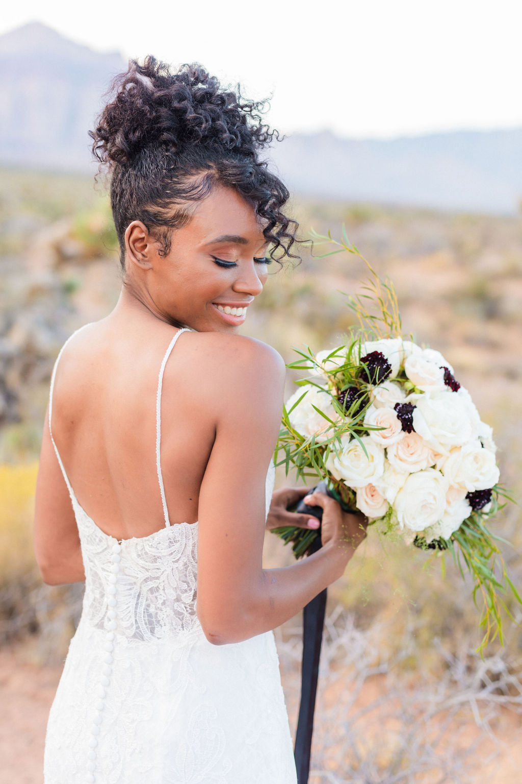 Natural Bridal Makeup Curly Hair Wedding Inspo Black And White Elizabeth Burgi Photography 3