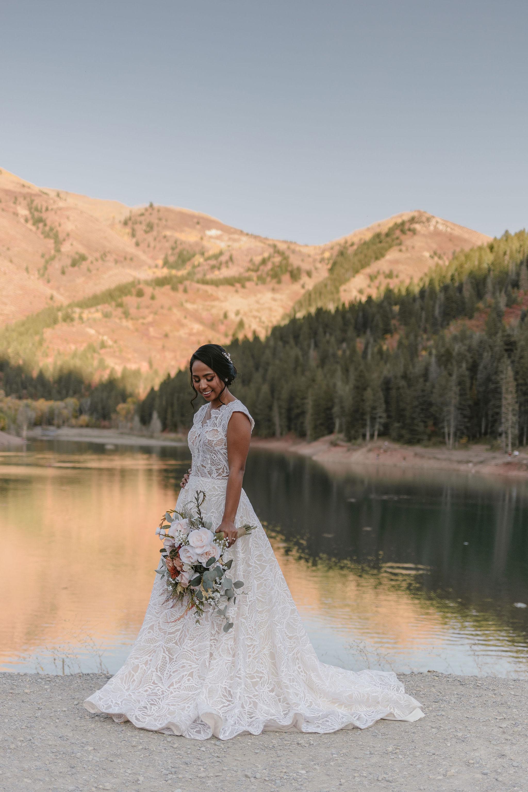 Blush Sage Rose Eucalyptus Wedding Bouquet American Fork Canyon Wedding Princess Kaiulani Taberno 1
