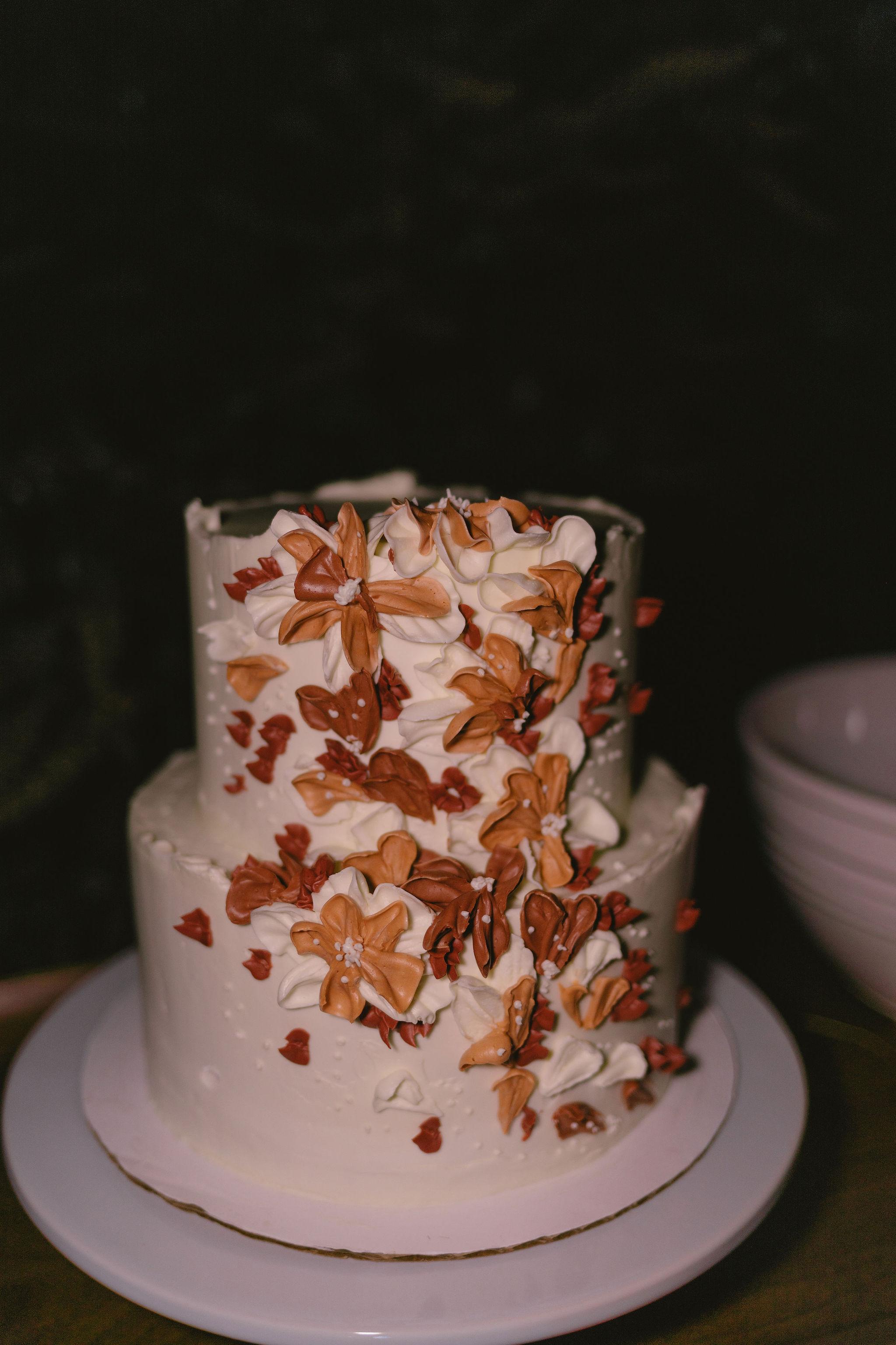 Maile Cake Design Floral Frosted Wedding Cake Princess Kaiulani Tabernero 1
